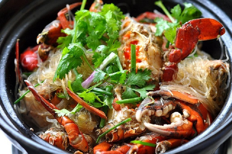 Thai Glass Noodle with Crab (Poo Ob Woon Sen)