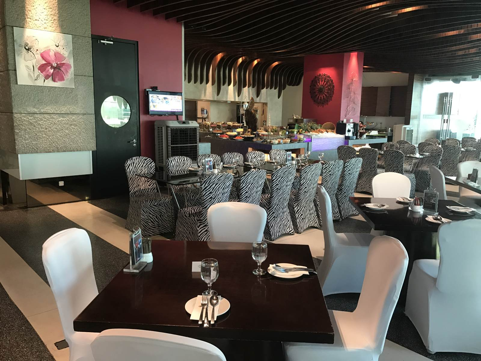 Kitchen Art Brasserie Located At Level Two Of Empire Hotel Subang Offers A  Lively And Trendy All Day With Au0027la Carte And Buffet Selection That Will  Please ...